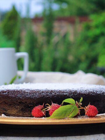 Easy Chocolate Cake and Raspberry Sauce