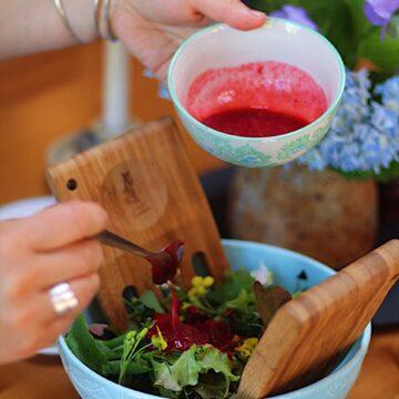 Simple Garden Salad with Raspberry Vinaigrette
