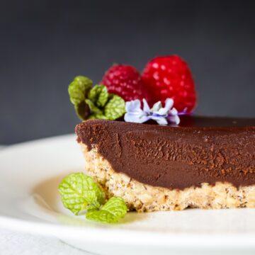 Quick Easy Chocolate Hazelnut Tart With Raspberry Sauce