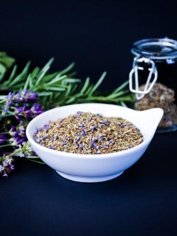 Homemade Herbes de Provence Seasoning Blend