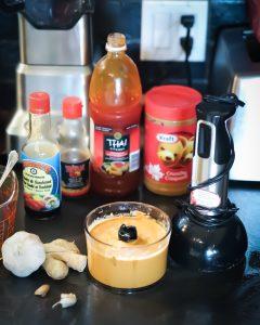 Easy and fast homemade peanut sauce recipe